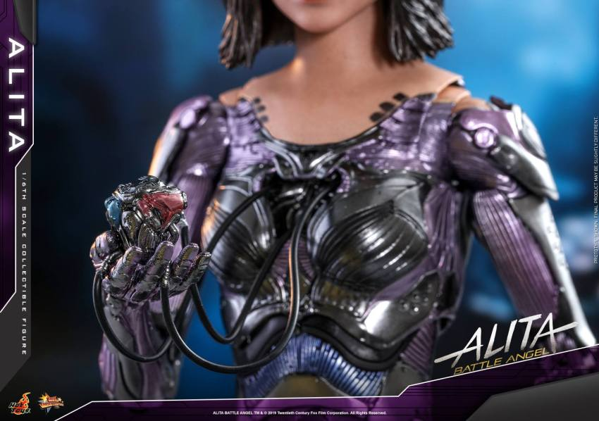 The new Hot Toys Alita: Battle Angel figure can see right into your soul 28