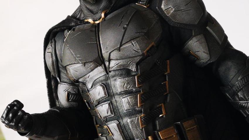 Hot Toys MMS 432 Justice League Batman Tactical Batsuit Review – Bat in Black 42