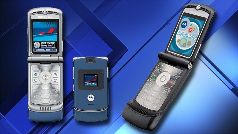The flip phone is making a comeback with a return of the Motorola Razr 3