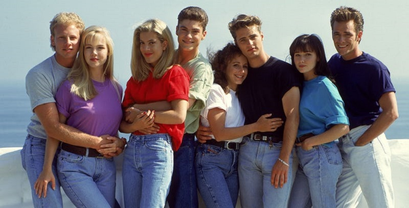 Beverly Hills, 90210 to get revived with original cast... but with a meta twist 3