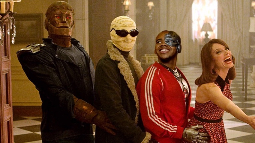 Take a closer look at The Doom Patrol in this extended trailer 3