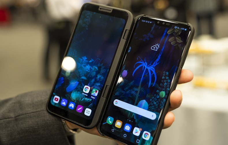 LG unveils new V50 phone with an adapter to give it a second screen 5