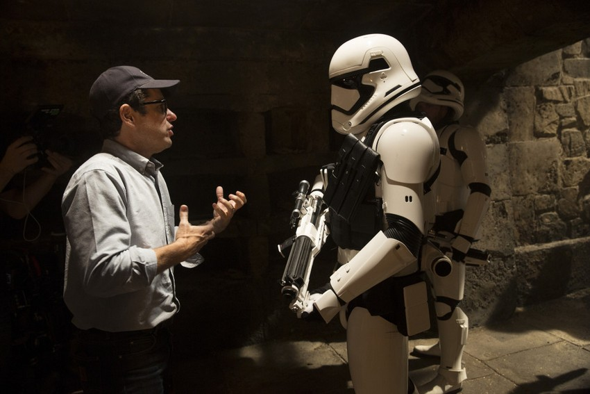 """JJ Abrams wants Star Wars fans to be """"satisfied"""", says Last Jedi reaction didn't influence Episode IX story 2"""