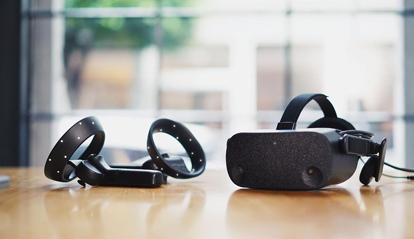 HP doubles down on pixel with its new Reverb VR headset 12