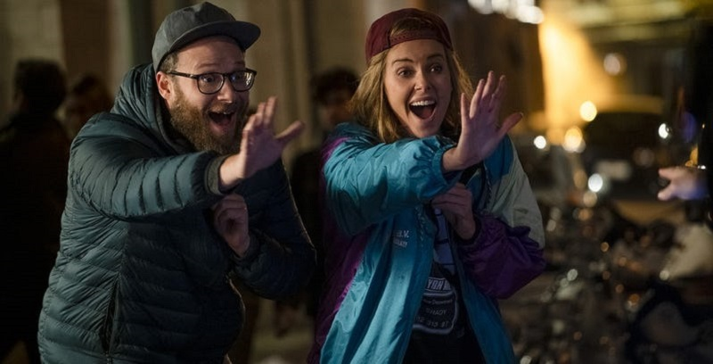 Seth Rogen and Charlize Theron are an unlikely couple in this red-band trailer for Long Shots 2