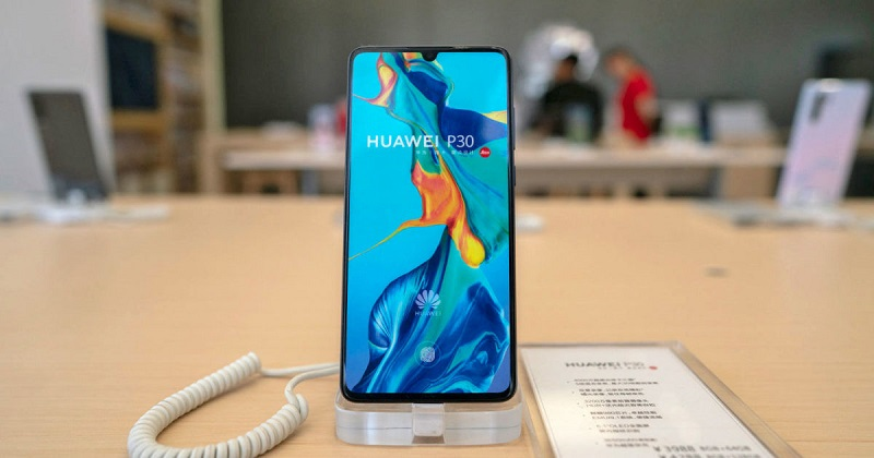 Huawei Delays Foldable Phone Launch Until September to Run More Tests
