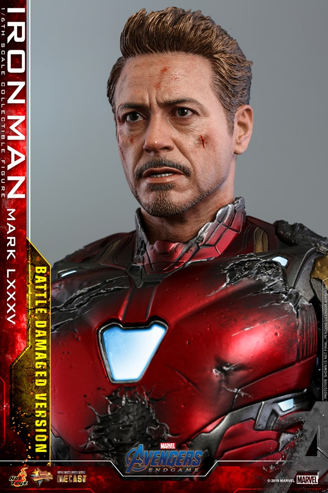 Relive (and cry about!) the best scene in Avengers: Endgame with this new Hot Toys Iron Man figure 41