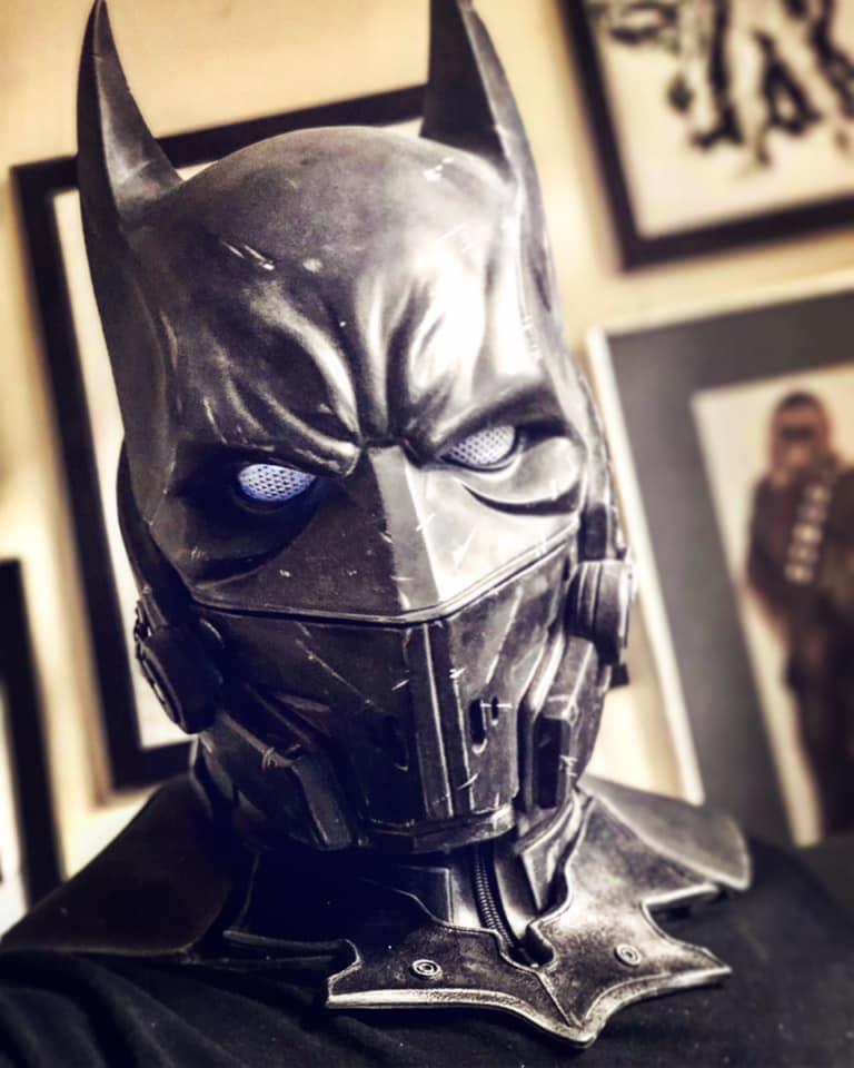 Behold a Batman cosplay so good, it's XE-cellent 16