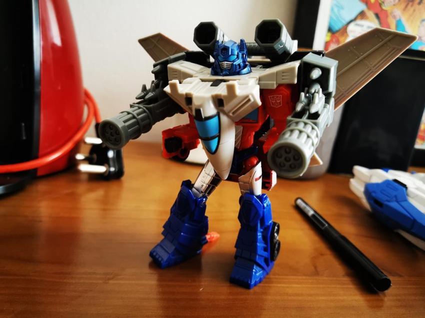 Transformers Cyberverse Spark Armour Optimus Prime Review 30