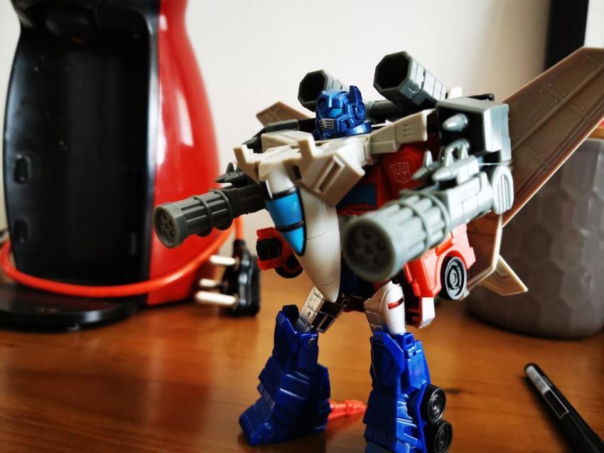 Transformers Cyberverse Spark Armour Optimus Prime Review 34