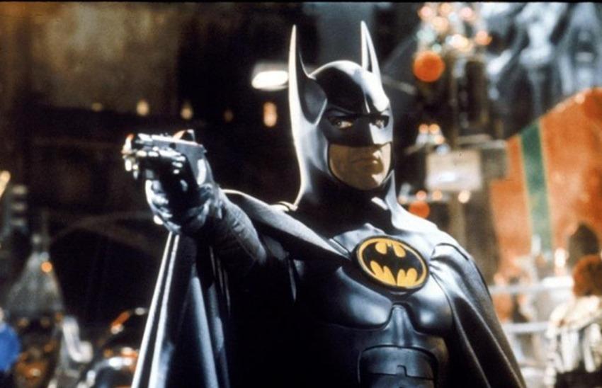 YouTuber builds working Batman grappling hook device 2