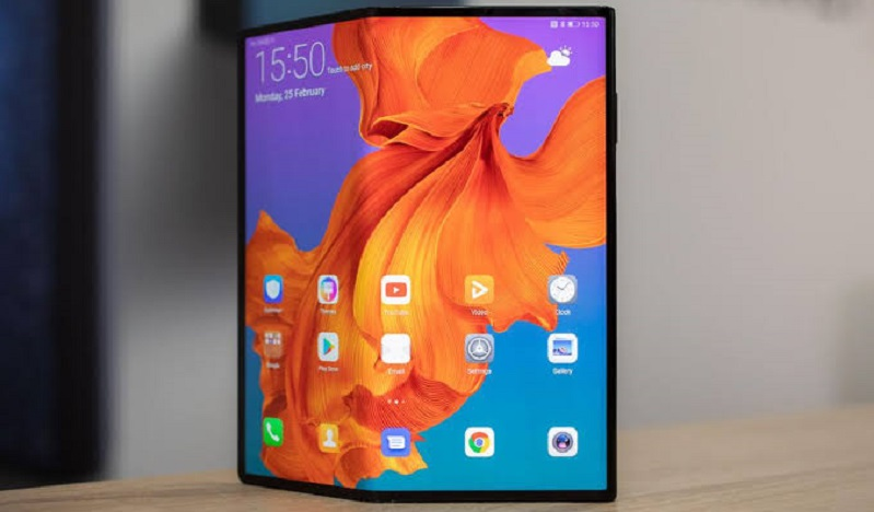 Huawei reportedly selling 100 000 units of its foldable Mate X a month in China 3