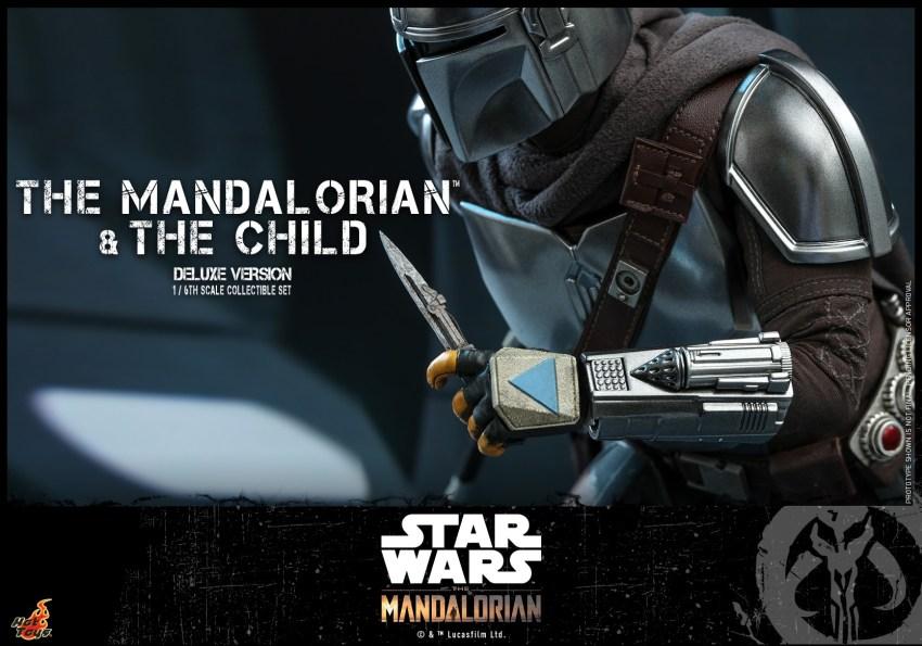 Hot Toys The Mandalorian has shiny armour, more firepower and Baby Yoda 37