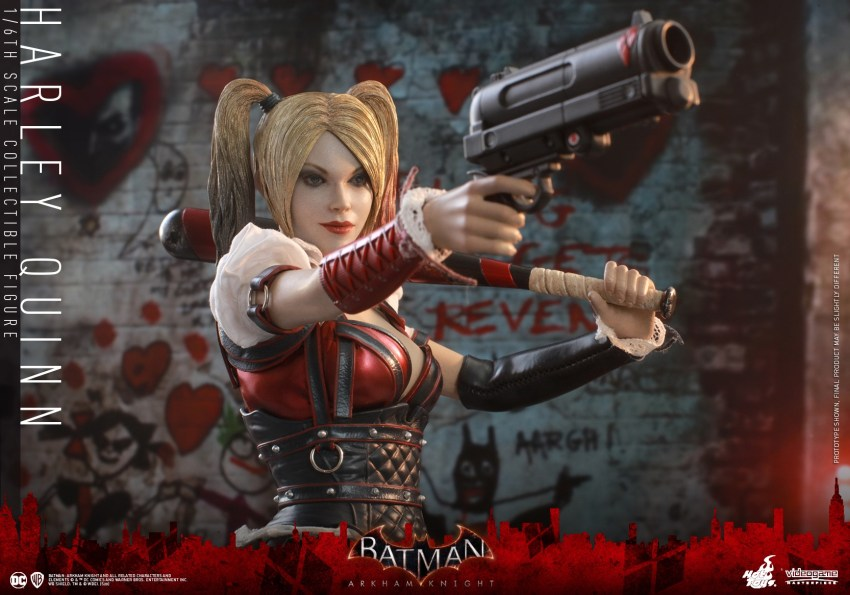 Hot Toys Harley Quinn is ready to paint the town red 31