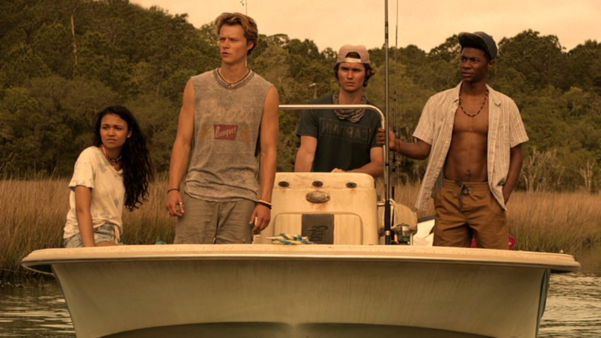 Summer is for romance and treasure hunting in Netflix's YA series Outer Banks 2