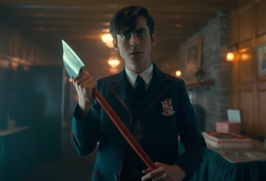 The Umbrella Academy Season 2 Review – Have a great time(line) 12