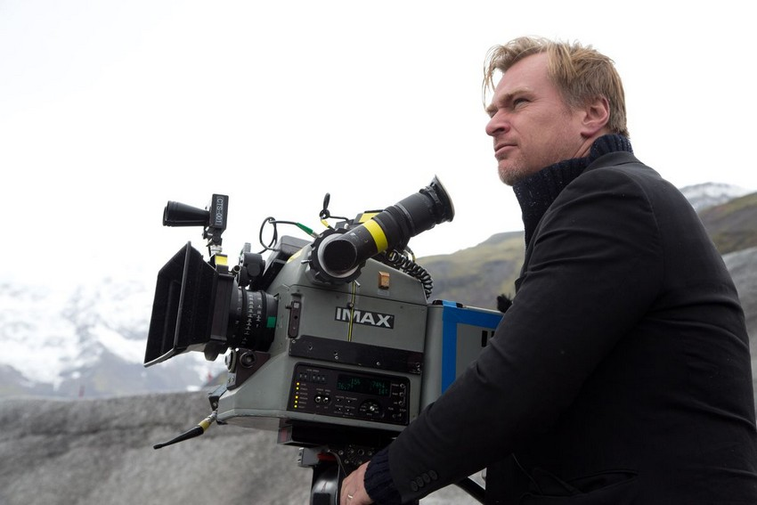 "Chris Nolan slams Warner Bros' 2021 release plan, calls HBO Max ""the worst streaming service"" 5"