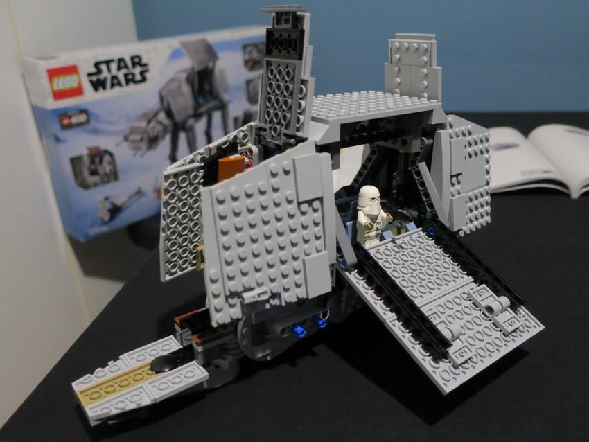 Lego Star Wars AT-AT Walker review - Hoth damn! 34