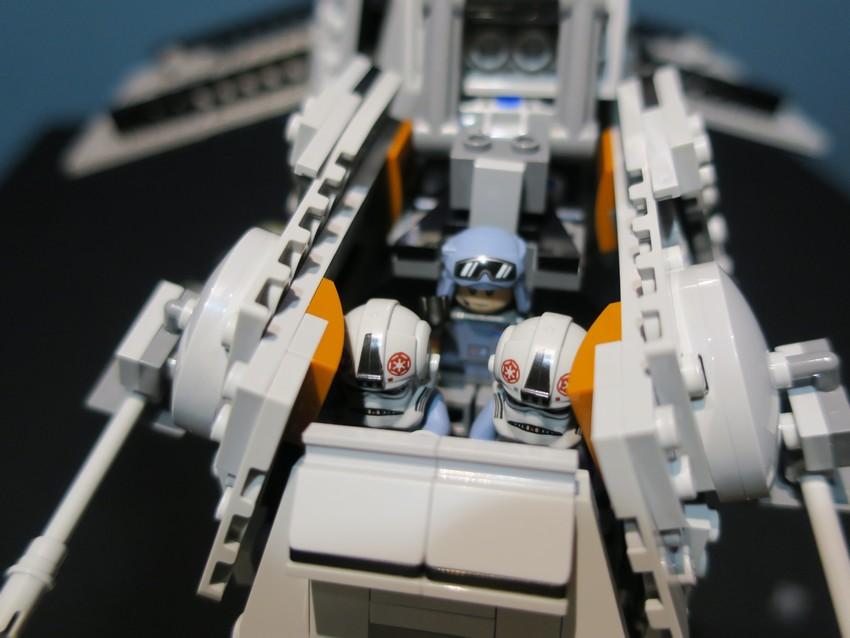 Lego Star Wars AT-AT Walker review - Hoth damn! 24