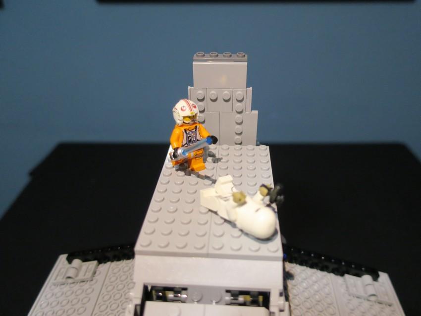 Lego Star Wars AT-AT Walker review - Hoth damn! 35