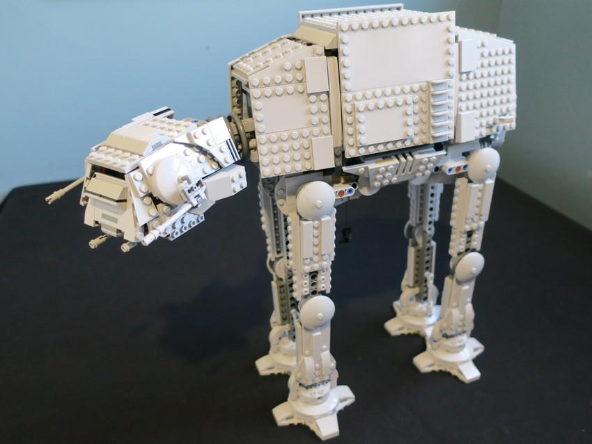 Lego Star Wars AT-AT Walker review - Hoth damn! 26