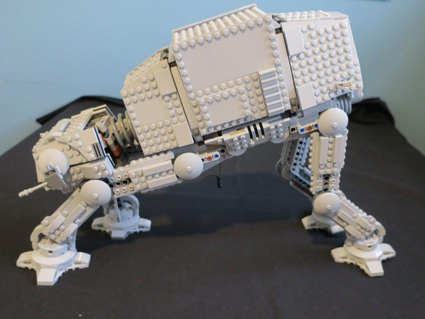 Lego Star Wars AT-AT Walker review - Hoth damn! 30