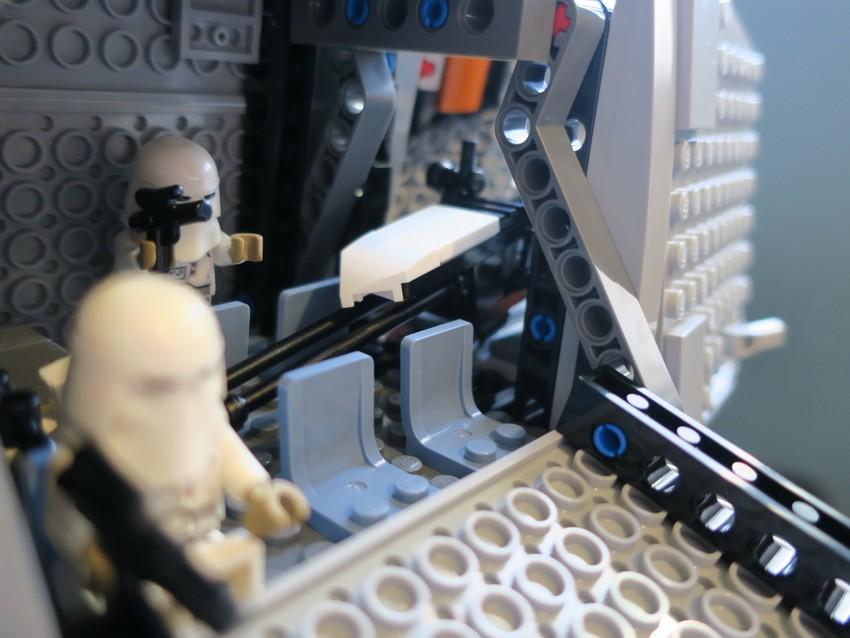 Lego Star Wars AT-AT Walker review - Hoth damn! 31