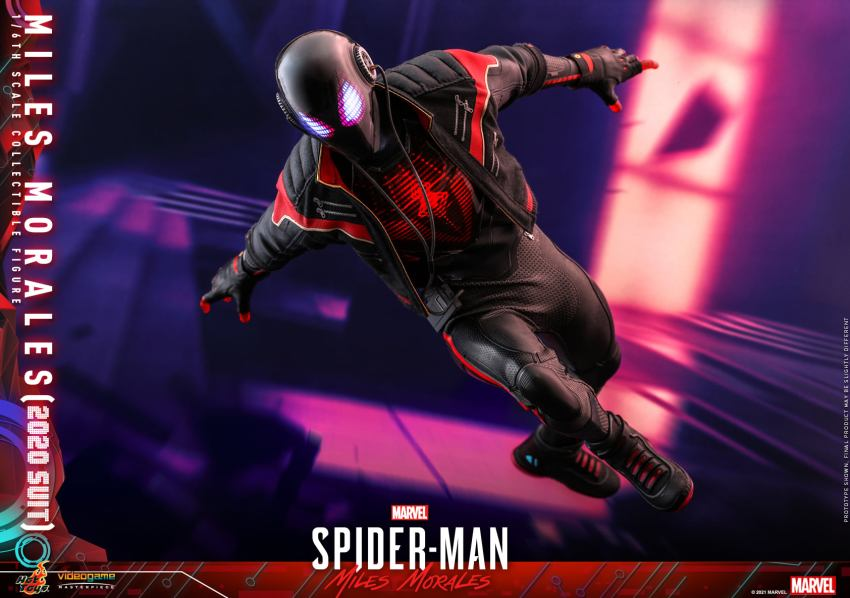 Hot Toys Daft Punk Spider-Man is packing webs and LEDs 39
