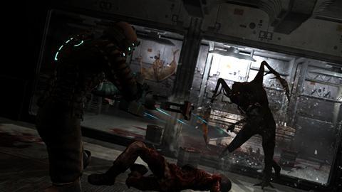 Dead-Space-shoots-monster.jpg