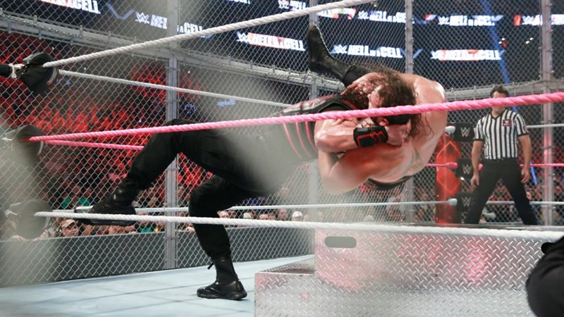 WWE Hell In A Cell (3)