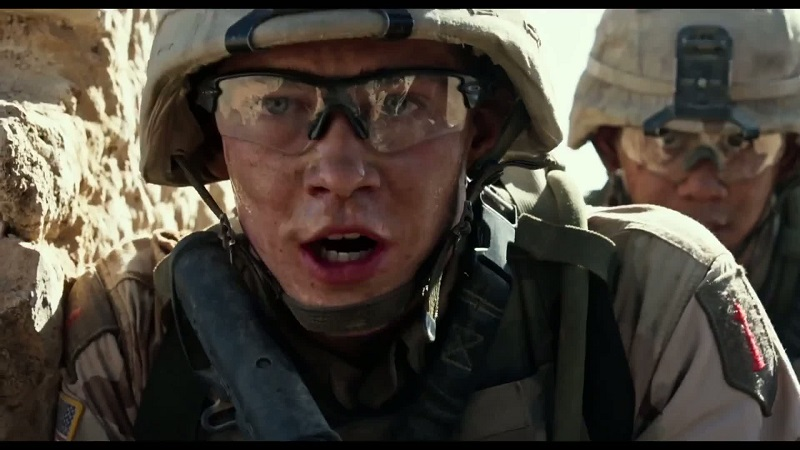 Billy Lynn's Long Halftime Walk (DVD) Review – A film not worthy of being a halftime attraction 9