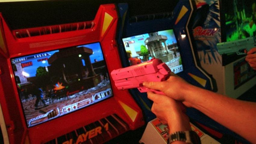 Video game guns (2)