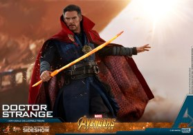 Hot Toys Doctor Strange (16)