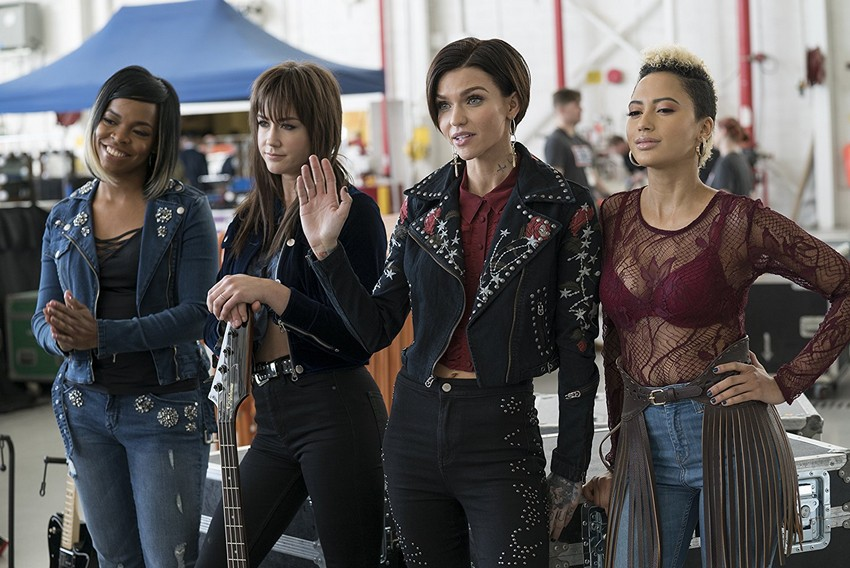 Pitch Perfect 3 (DVD) review – An un-acca-ceptional end to the musical comedy series 6