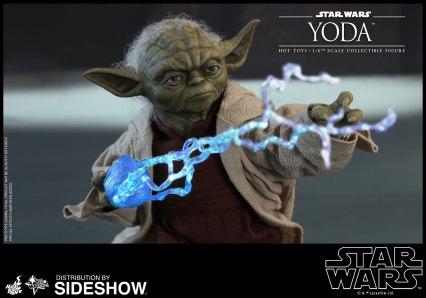 Yoda Hot Toys (17)
