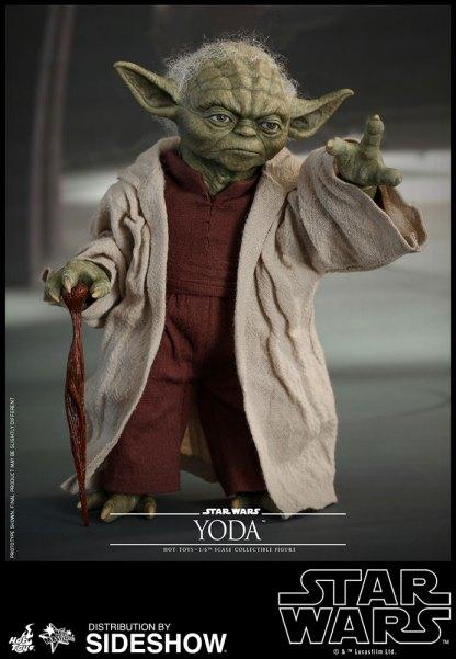 Yoda Hot Toys (18)