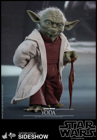 Yoda Hot Toys (3)
