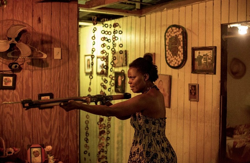 Extortion (DVD) Review – An exceptionally tense and highly emotive thriller  8