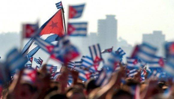 Banderas cubanas. Foto: Archivo.