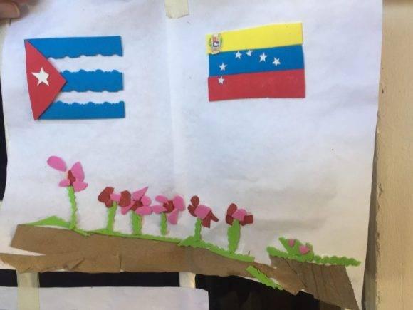 Los niños expresan a través de dibujos su amor por Fidel. Foto: @Cubadebate
