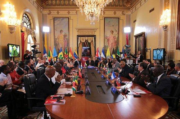 Sesiona Cumbre del ALBA