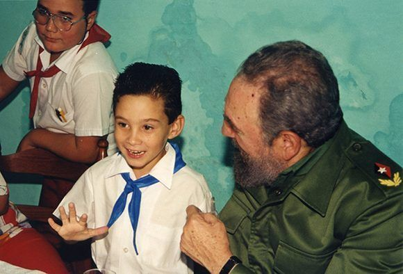 https://i0.wp.com/media.cubadebate.cu/wp-content/uploads/2017/06/Fidel-y-Eli%C3%A1n-1-580x394.jpg