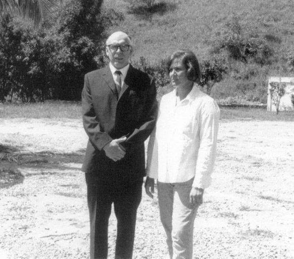 El Che, cuando viaja a Cuba bajo el nombre de Ramón Benítez, donde selecciona a los combatientes que lo acompañarán en su expedición a Bolivia y desarrollará con ellos los entrenamientos militares necesarios. Foto: Archivo.