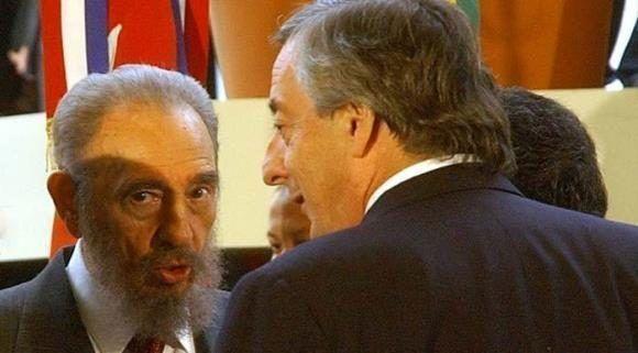 Fidel fue recibido por Nestor Kichner en su último viaje fuera de Cuba. Foto: Cortesía del autor.