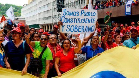 Venezolanos salen a las calles para apoyar el proceso constituyente. Foto: Agencias.