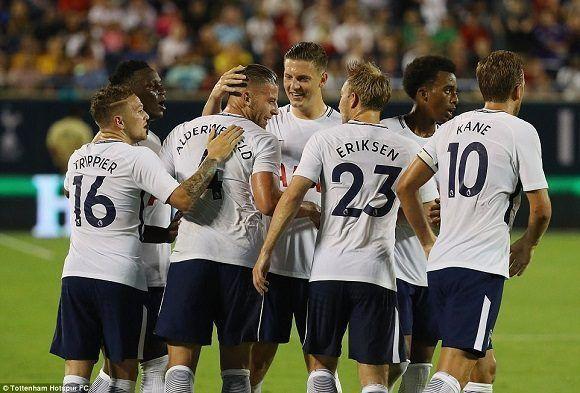 El Tottenham londinense se impuso con categoría al PSG en un amistoso de pretemporada. Foto: @Tottenham/ Twitter.