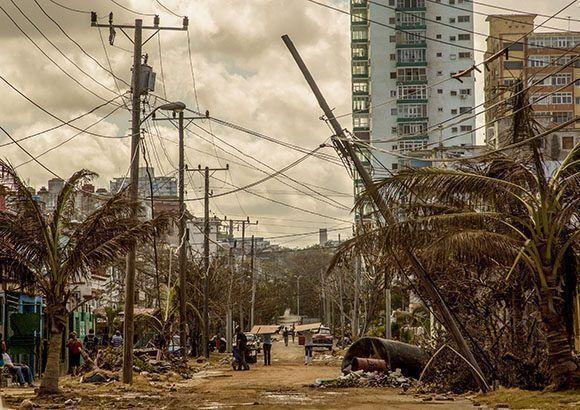Calle del Vedado tras el paso de Irma. Foto: Jennifer Romero/ Cubadebate.