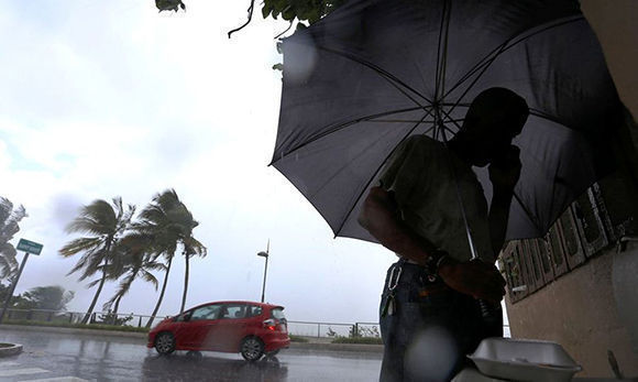 El ciclón el más grande de la historia del Atlántico mostraba vientos sostenidos máximos de 295 kilómetros por hora. Foto: @MeteoExpress