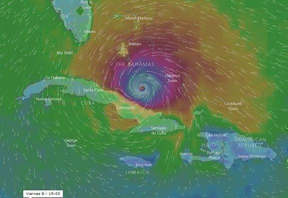 Posible posición de Irma el viernes a las 19:00 horas y la influencia de sus vientos. El radio con vientos de tormenta tropical es de 280 km. Imagen: Windy.