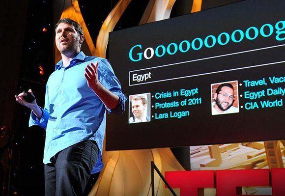 """Eli Pariser, activista web y autor del libro """"Filtros burbuja: las cosas que Internet te esconde"""". Foto: TED."""